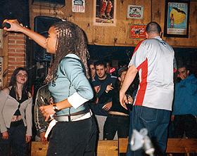 Arianna Puello: En concierto, 07/02/2003, en sala indian, Santander