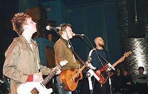 Bupapest: Concierto en Sala Roxy, Valencia, 22-2-2003