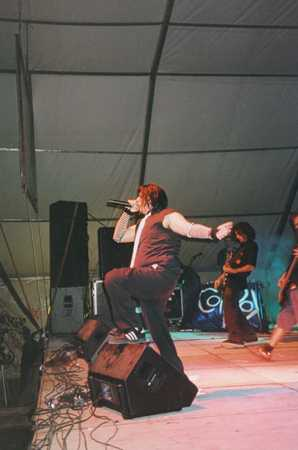 Coilbox ( ViÑa Rock 2003 : Batiendo Records )
