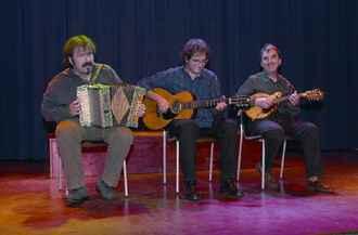 Hiru Truku: Recuperando el folklore musical navarro