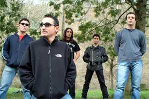 Las Orejas Del Lobo: Un grupo de directo