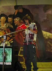 David González: Raíles de cuerpos literarios y humanos