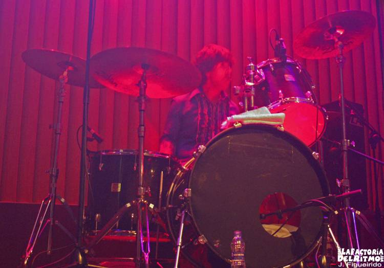 Neon, Redd Kross: Concierto en Santiago de Compostela – 25/01/2007