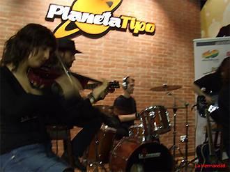La Hermandad: Presentación en acústico – Oviedo, 14/05/2007