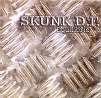 Skunk D.f.: Equilibrio