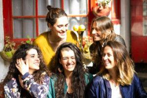 Maruja Limón : Adaptar la música tradicional al presente es algo positivo