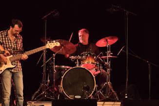 Firewood Band : Muchas ideas y canciones